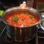 Spaghetti-adding parsley